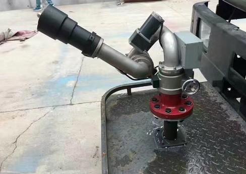 洒水车电控洒水炮图片