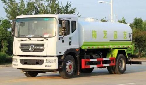 东风多利卡国六14吨洒水车